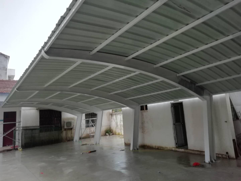 钢结构型停车棚